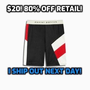 Daniel Patrick Women/'s Trail Sports Bra Black//Natural Size Medium New Retail $95